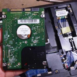 HDDからSSDへの交換方法 古いPC(G560)が快適になったんで紹介します