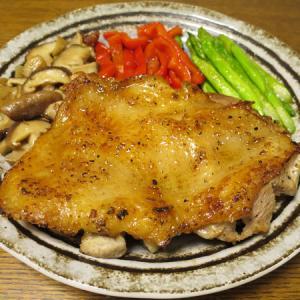 ◆名古屋コーチンモモ肉チキンステーキ/キビナゴの一夜干し/あん肝の味噌漬け/野菜サラダ◆