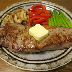 ◆アンガスビーフのサーロインステーキ/ヒラメの刺身/かにみそ/野菜サラダ◆