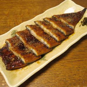 ◆国産鰻の蒲焼/国産鰻の肝串/肝吸い/野菜サラダ◆