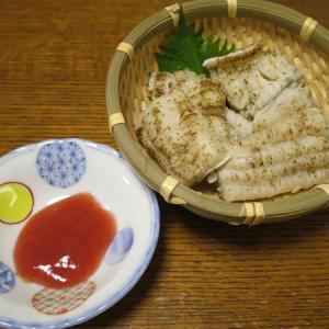 ◆鱧の湯引き/黒豚もつ炒め/糸もずく/野菜サラダ◆