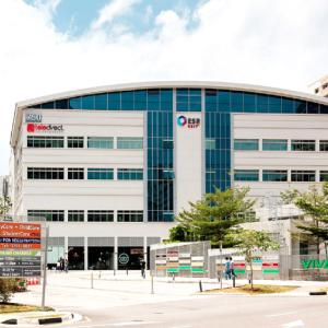 シンガポールのREIT ESRリートに投資 配当利回り7.4%の高配当銘柄です