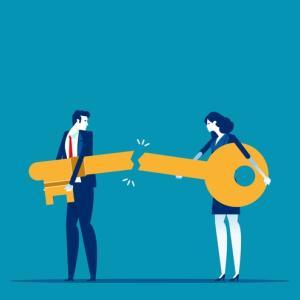 仕事上での板挟みストレスを解決する方法!人間関係に問題があります