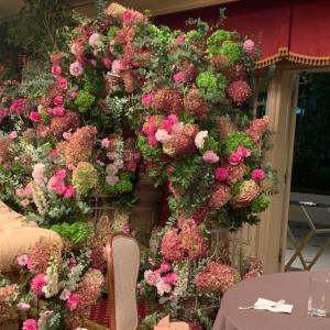 アイロニー 19周年パーティ&装花で夢のような空間へ