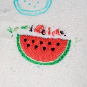スイカの刺繍ができました!
