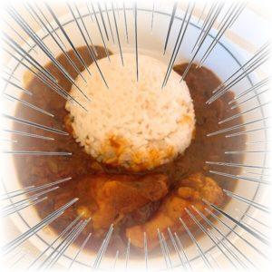 【3分クッキング】骨付きチキンカレーのレシピをトマト缶とカレー粉で