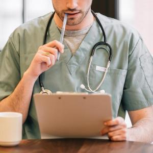 健康診断や人間ドックの前日の筋トレはその結果に影響する可能性がゼロではない。