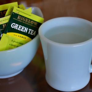 お湯とお茶