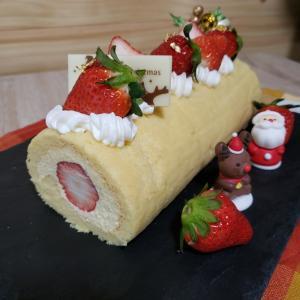 低糖質いちごのロールケーキのレシピ