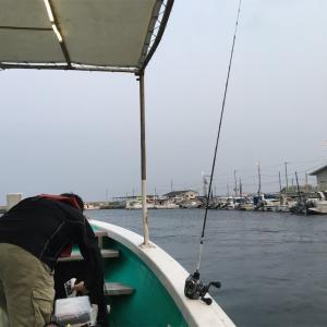落とし込み釣り〜からのアジ狙い 船釣り