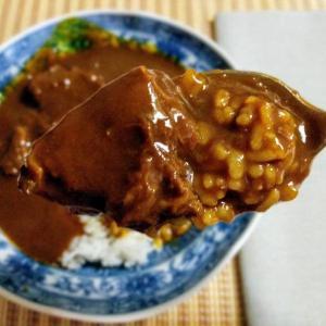 連休合間のコンビニ贅沢飯と熱波の富山で焼き芋を食べる無謀【セブンイレブン:金のビーフカレー】