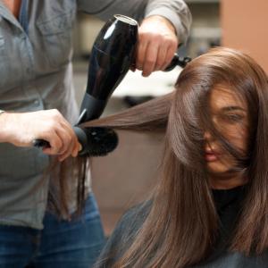 美容師に将来はある?男性美容師は40代からが分かれ目ですよ!