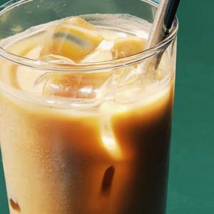 道具なしで作る簡単インスタントアイスコーヒーの作り方【カフェ店員監修】