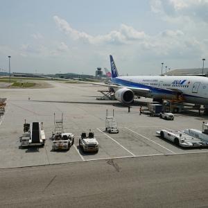 別切り発券で乗り継ぎ、帰国。NH886(クアラルンプール→羽田)搭乗記