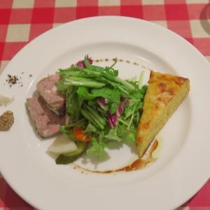 ビストロ・デジャ(BISTRO deja?)前菜+メインの大満足ランチ!