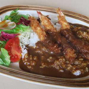 西岡 レストラン カナル エビフライカレー