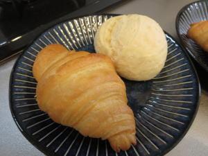 ミルクパンとクロワッサン!冷凍パン パンド(ぱんど) 口コミ!