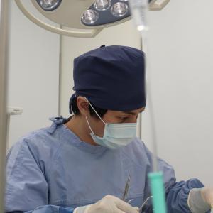 「目の下が二重に膨らんでるのがイヤなんです。。。」 手術後6ヶ月 【プラストクリニック東京】