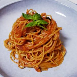 おひとりさま基本のトマトソーススパゲティーパルメザンチーズ