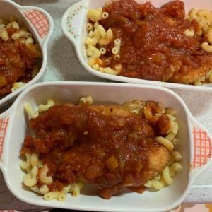 デルモンテ「グタント鶏肉のトマト煮用ソース」でカツのチーズ焼き