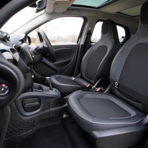 車内を掃除する頻度ってどれぐらい?車のきれいを保つ方法!