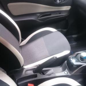 車のシートが意外と汚い!簡単・綺麗に仕上げるお掃除方法をご紹介!