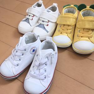 娘の歴代靴たちをオキシ漬けで新品同様に!