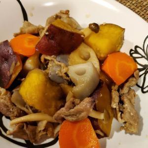 秋に食べたいこっくり煮物とシチュー