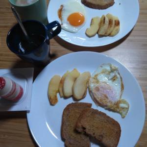 8月3日  朝食、お昼ごはん