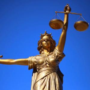 【6027】弁護士ドットコム コロナショックの中逆行高 上場来高値更新