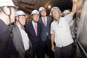 「日韓トンネル連結で和解へ」--ジム・ロジャース、唐津のトンネル現場視察