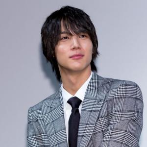 中川大志、ゆずの曲をギターで弾き語り 三浦春馬さん連想し泣きそうになる視聴者も
