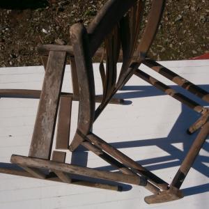 ☆☆バラバラに壊れた椅子のリメーク・・ガーデニング☆☆