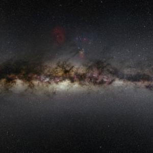 【宇宙】秒速1700kmで天の川銀河を脱出する恒星を発見。ブラックホールに弾き飛ばされたか