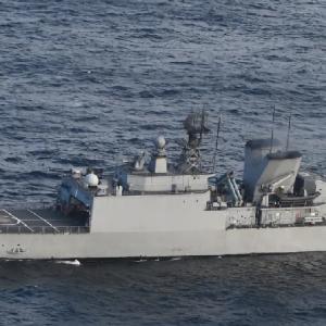 【米中】中国軍の艦船が太平洋で米哨戒機に軍用レーザーを照射 米海軍が発表