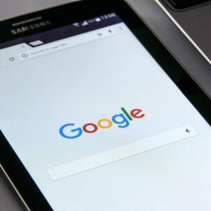 Googleが繰り返し停止する不具合が発生、Android端末で