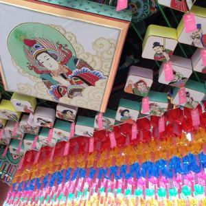 曹渓寺のカラフル提灯は見る価値あり