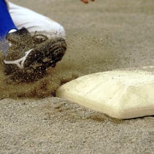 走塁を鍛えて機動力を使うにはどうしたらいいのか。機動破壊の基本をマスター。
