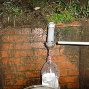 「土室の湧水」に変更