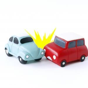 マンション駐車場で隣の車と擦ったかもしれない問題が発生した時の対応について。
