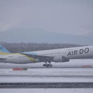 雪の日の離陸
