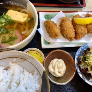 今年初めての外食はカキフライ定食(一福)