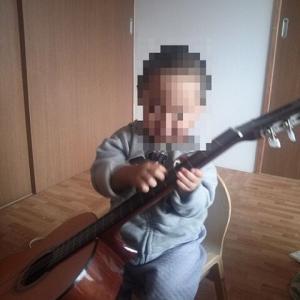 小さなギタリスト@日本
