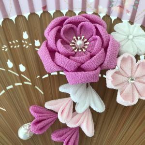 ピンクの八重梅の桜の髪飾り♪