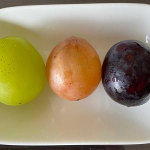 葡萄の食べ比べ