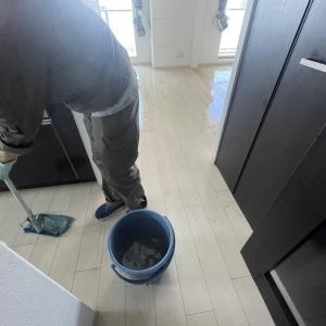 床のワックスは永遠ではないし塗り重ねても、いつか限界が来ます