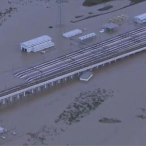 北陸新幹線 車両浸水 全体の3分の1 専門家「最悪 廃車か」