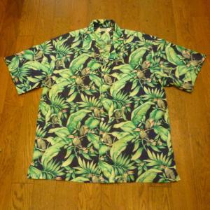 Kula Bay ハワイアンシャツ、他2点UPしました !