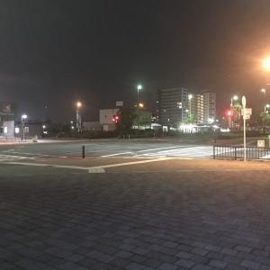 夜中に知らない場所に行って散歩するのが楽しい。