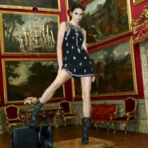 "H&Mと 世界的デザイナー""ジャンバティスタ・ヴァリ""とコラボ最新コレクションが登場"